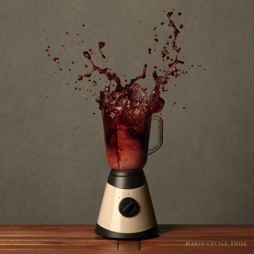 Decanting of Wine in Blender